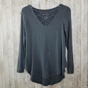 American Eagle Soft & Sexy Cutout High Low Shirt